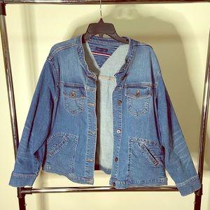 Tommy Hilfiger Jean jacket! Size large